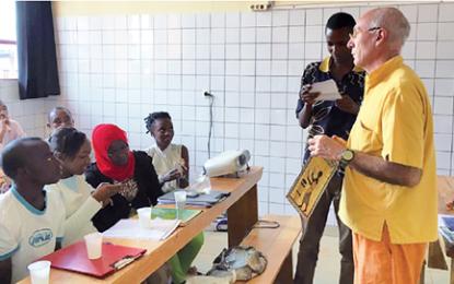 Smom onlus, al via la selezione di un odontoiatra per il progetto in Burundi