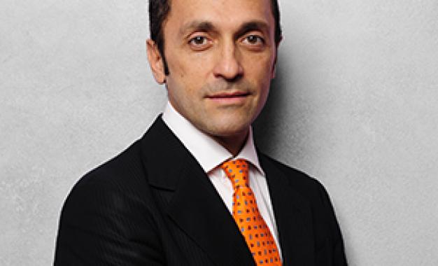 Riccardo Scaringi presenta <br />il primo congresso della Digital <br />Implant &#038; Restorative Academy