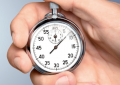 Timing della perimplantite: <br>primi anni sono critici, la maggior <br>parte compare entro tre anni
