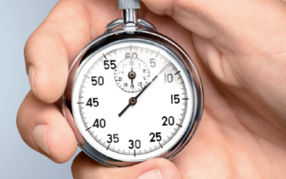 Timing della perimplantite: primi anni sono critici, la maggior parte compare entro tre anni